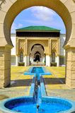 Bakgrund av den marockanska portingången Royaltyfri Foto