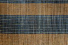 Bakgrund av den matta plattan för bambu, färgrik modell, bambutextur, mattt tomt utrymme av bambu Royaltyfria Bilder