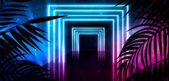 Bakgrund av det m?rka rummet, tunnel, korridor, neonljus, lampor, tropiska sidor royaltyfria foton