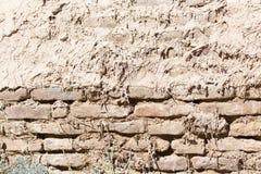 Bakgrund av en gammal tegelstenvägg Royaltyfria Bilder