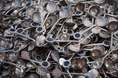 Bakgrund av metallskedar Fotografering för Bildbyråer