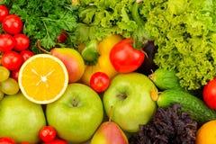 Bakgrund av naturliga nya frukt och grönsaker Fotografering för Bildbyråer