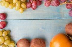 Bakgrund av saftiga frukter arkivfoton