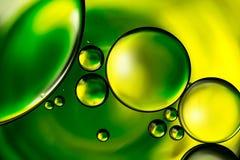 bakgrund bubbles förnyande vatten för ström Royaltyfri Fotografi