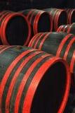 bakgrund 3d barrels model vit wine Arkivfoto
