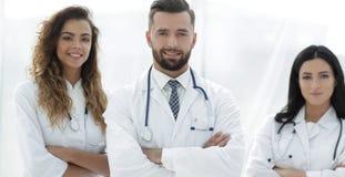 bakgrund doctors gruppen isolerad medicinsk white bakgrund isolerad white Arkivbilder