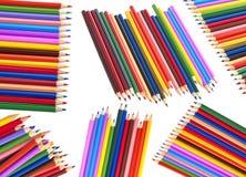 bakgrund färgade isolerade blyertspennor för djup fältet blir grund white royaltyfri fotografi
