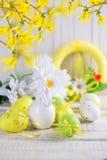 bakgrund färgade vektorn för tulpan för formatet för easter ägg eps8 den röda Royaltyfri Foto