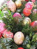bakgrund färgade vektorn för tulpan för formatet för easter ägg eps8 den röda Påskägg som dekoreras av barn Arkivfoton