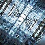 Bakgrund för abstrakt begrepp för byggnad för fasad för arkitekturdetaljer Glass Royaltyfri Bild