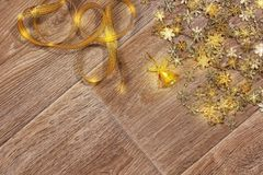 Bakgrund för abstrakt begrepp för ` s för nytt år i guld- signaler Arkivbilder