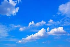 Bakgrund 171019 0217 för blå himmel och moln Royaltyfria Bilder