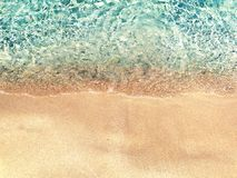 Bakgrund för ferie för sommar för strand för vattentextursand Royaltyfria Foton