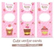 Bakgrund för kort för lycklig födelsedag med muffin Royaltyfri Bild