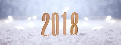 Bakgrund 2018 för lyckligt nytt år med julgarnering arkivbilder