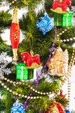 Bakgrund för nytt år med färggarneringar Royaltyfria Foton