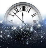 Bakgrund för nytt år 2018 med klockan Arkivfoto