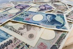 bakgrund för 1000 och 5000 japanvalutaanmärkningar Fotografering för Bildbyråer