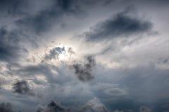 Bakgrund för regnmoln royaltyfri fotografi