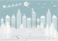 Bakgrund för stad för stad för vinterferie insnöad med santa, hjortar och trädet Illustration för stil för konst för julsäsongpap Arkivfoton