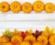 Bakgrund för tacksägelse för höstpumpa Arkivbild