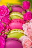 Bakgrund för valentinmorsa dagen easter med förälskelse Arkivfoto
