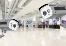 Bakgrund för varuhus för shopping för CCTV-säkerhetskamera Royaltyfri Bild