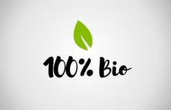 Bakgrund för vit för text 100% för Bio grönt blad handskriven Arkivbilder