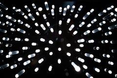 Bakgrund f?r neonljus arkivfoton