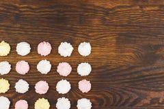 Bakgrund från ljus - rosa marängar Royaltyfri Fotografi