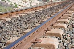 Bakgrund Järnväg linne Stänger och längsgående stödbjälke Royaltyfri Fotografi
