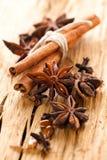 bakgrund kryddar trä Royaltyfria Bilder