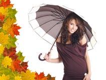 bakgrund låter vara den orange paraplykvinnan royaltyfri fotografi