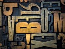 bakgrund letters trätappning royaltyfri fotografi