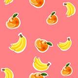 Bakgrund med bananer, apelsiner och citroner Royaltyfria Foton