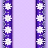 Bakgrund med blommor av pärlan och bandet för text Arkivfoton