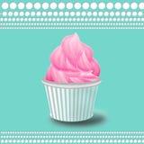 Bakgrund med den rosa muffin Arkivbilder