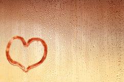 Bakgrund med droppar och hjärta royaltyfri bild