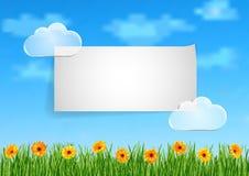 Bakgrund med himmel, moln, gräs, gerbera blommar Arkivfoton