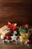 Bakgrund med julsymboler Arkivfoto