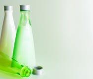 Bakgrund med kosmetiska flaskor Royaltyfri Foto