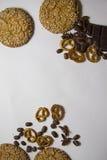 Bakgrund med olika kakor och aromingredienser 16 Royaltyfri Foto