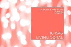 Bakgrund med vit suddig bokeh Ultraviolett signal, färg av året 2018 Bo koralltemat - färg av året 2019 arkivfoton