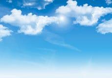 Bakgrund och moln för blå himmel Royaltyfria Bilder