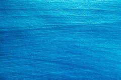 Bakgrund som målas av blå nacreous färg Arkivbilder