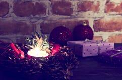 bakgrund undersöker år för toys för mörk afton nytt s för julsammansättning Arkivbilder