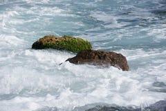 Bakgrund vaggar havet Arkivbilder