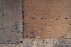 Bakgrunden av ridit ut trä för design Royaltyfria Foton