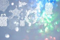 Bakgrunder för juldag med blåa bokehbakgrunder Royaltyfri Fotografi