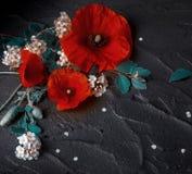 bakgrundsbanret blommar datalistor little rosa spiral royaltyfri bild